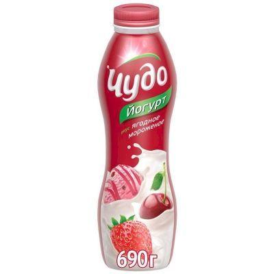 Йогурт МАКСИ 'Чудо' ягодное мороженое 2,4%
