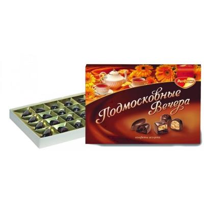 Конфеты в коробке Подмосковные вечера