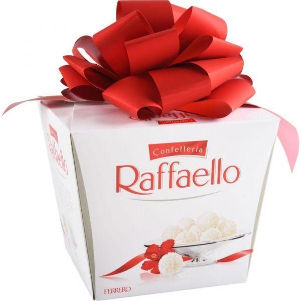 Конфеты Rafaello с миндальным орехом