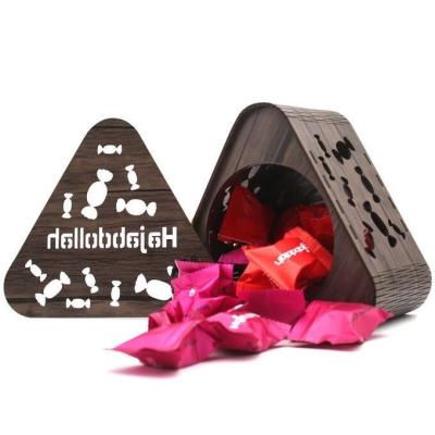Конфеты из пишмание Hajabdollah 'Ягодный ларец' Ассорти в деревянной упаковке
