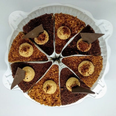 Торт Чайная Роза Шоколадно-медовый