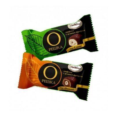 Конфеты Акконд Орешка с цельным фундуком со вкусом шоколада