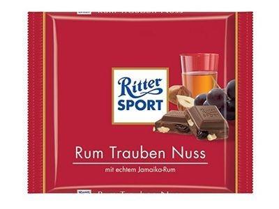 Шоколад молочный 'Ritter Sport' с ромом, лесным орехом и изюмом