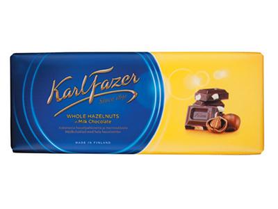 Молочный шоколад 'Karl Fazer' с цельным фундуком