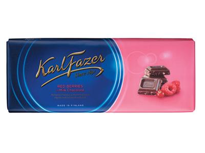 Молочный шоколад 'Karl Fazer' с клюквой и малиной