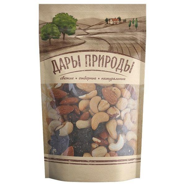 Смесь орехов и изюма