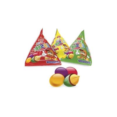 Арахис Sladus LIGHT в цветной глазуре треугольники
