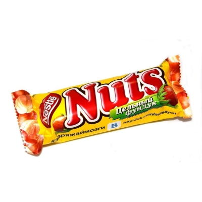 Батончик шоколадный Натс