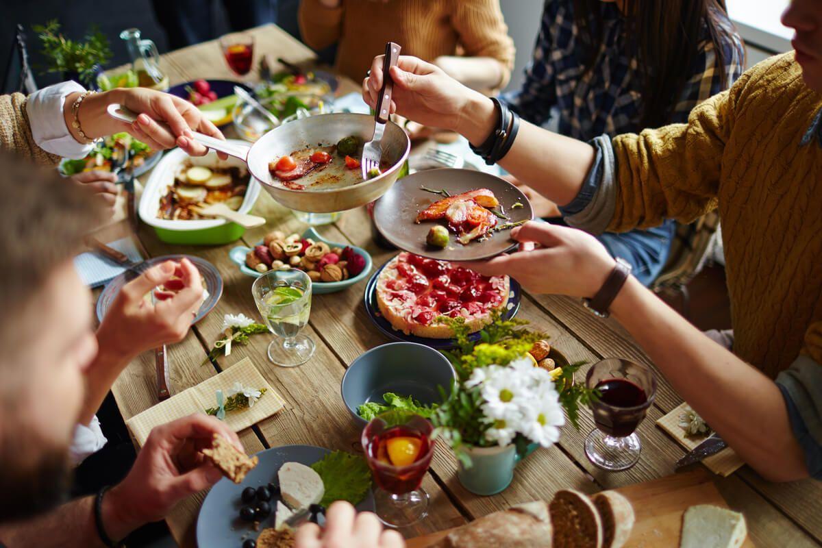 Туфлей, семейный ужин картинки
